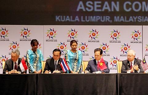 Bước tiến khổng lồ của ASEAN - ảnh 1