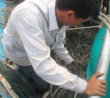 Trộm cắp, bảo kê ở cảng cá Đà Nẵng - ảnh 2