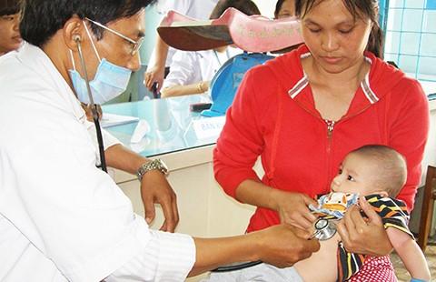 Nhiều sai sót tại các cơ sở tiêm vaccine dịch vụ - ảnh 1