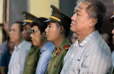 Xử đại án 9.000 tỉ đồng: Trần Ngọc Bích bị 'vặn' tại tòa  - ảnh 1
