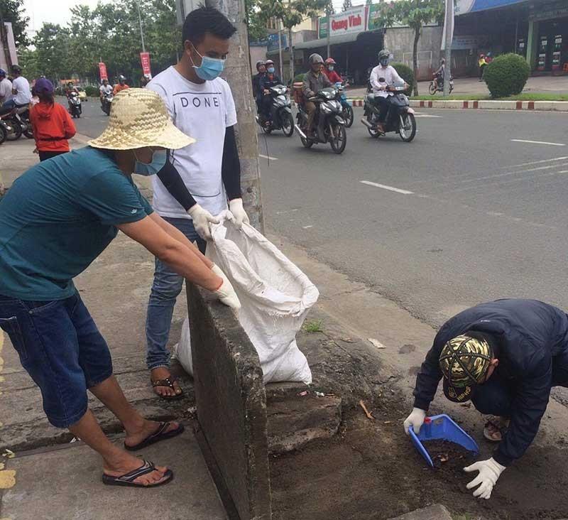 Những người trẻ nhặt rác không công - ảnh 2