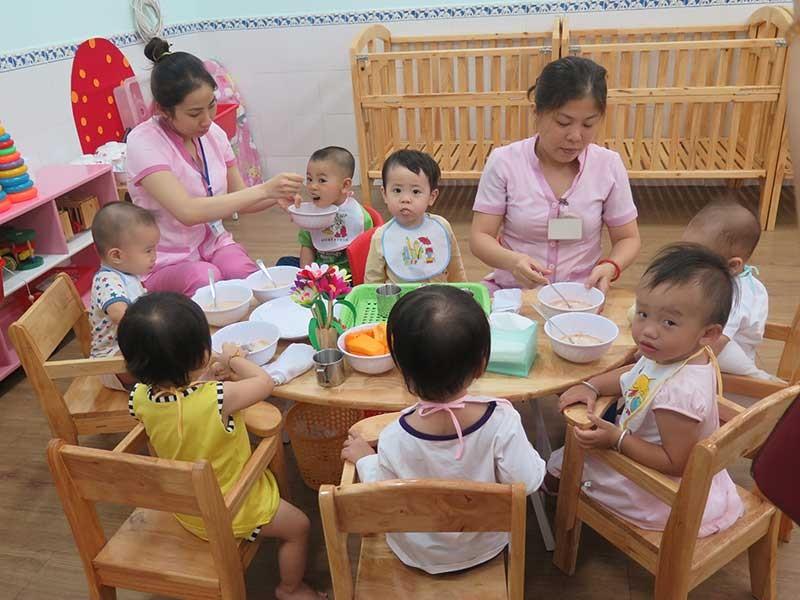Loay hoay hỗ trợ cho trẻ mầm non - ảnh 1