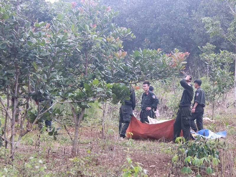 Công an 2 tỉnh truy bắt nhóm bắn chết 3 người - ảnh 2