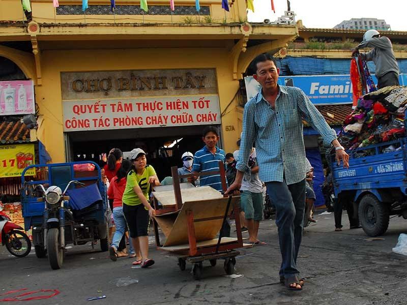 Chợ Bình Tây đóng cửa một năm để sửa - ảnh 1