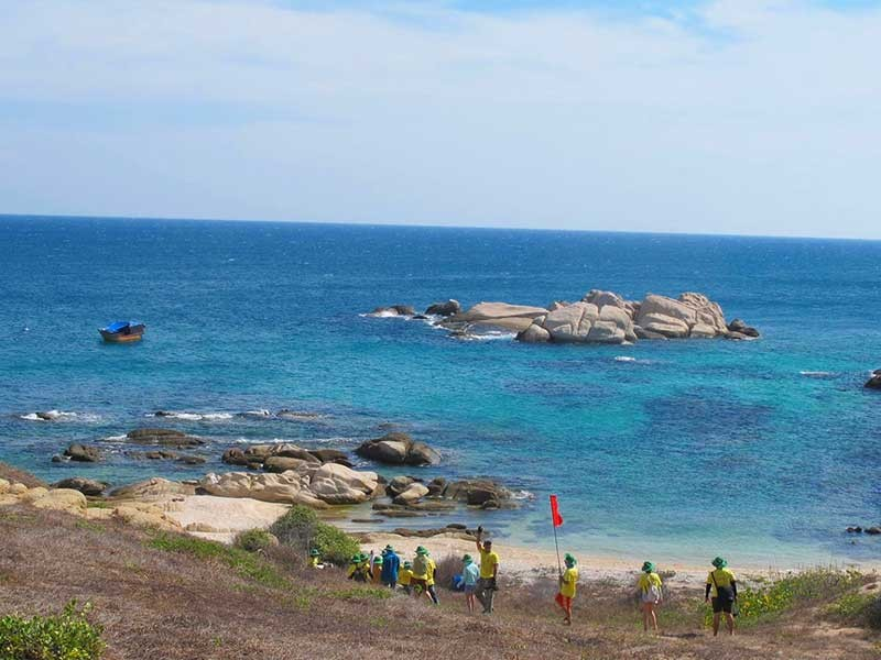 Phải bảo vệ Khu bảo tồn biển Hòn Cau - ảnh 1