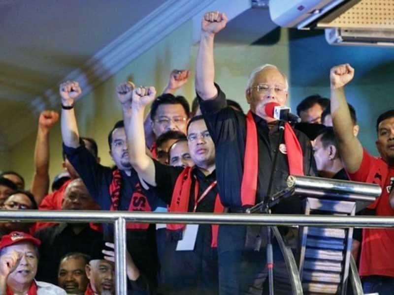 Thủ tướng Malaysia chỉ trích bà Aung San Suu Kyi - ảnh 1