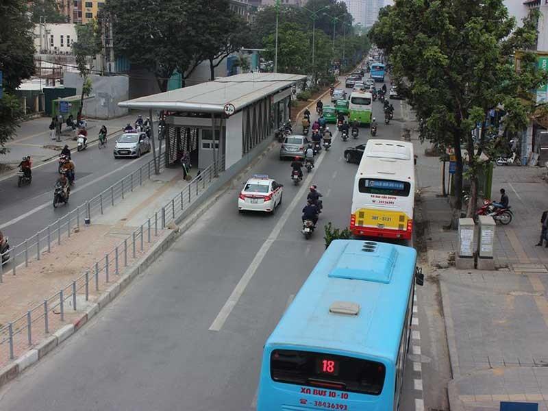 Cấm ô tô, xe máy vì buýt nhanh - ảnh 1
