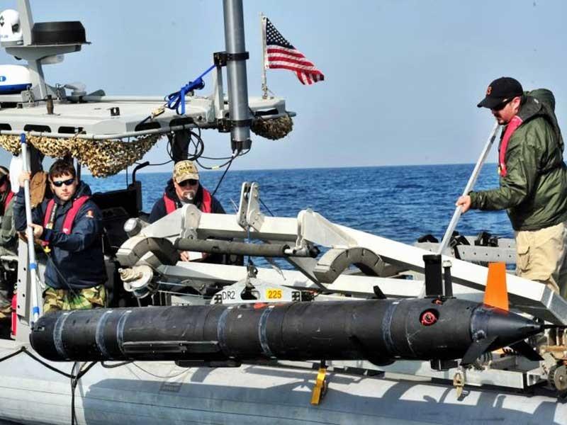 Lấy tàu lặn Mỹ, Trung Quốc sai ba điều  - ảnh 1