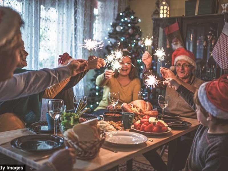 Người có bệnh tim nên cẩn thận với Giáng sinh - ảnh 1