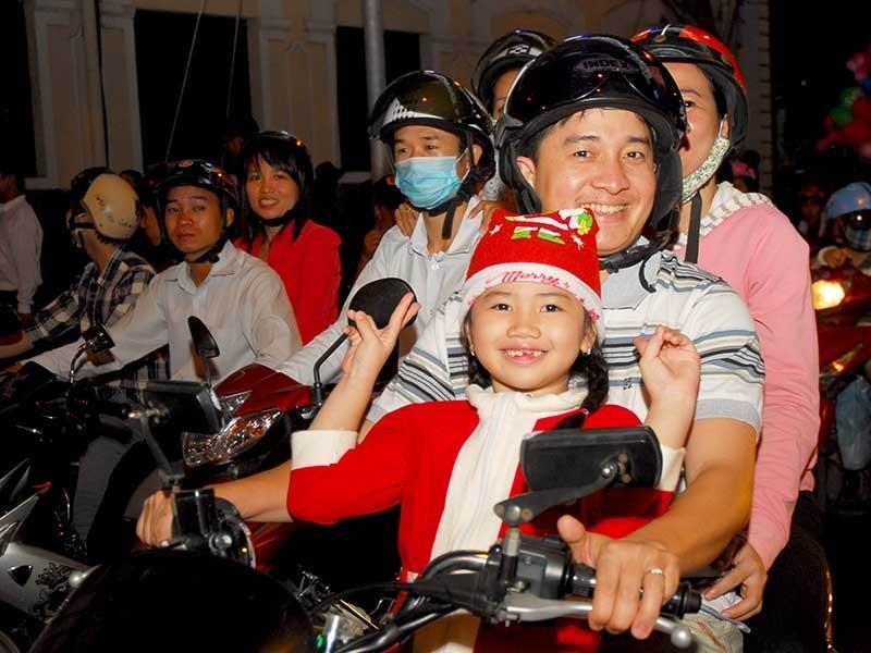 Noel - mùa tương thân tương ái của người Sài Gòn - ảnh 1