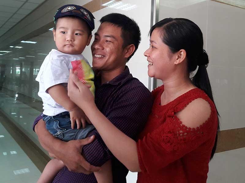 Cậu bé ở đảo Song Tử Tây đã được mổ tim - ảnh 1
