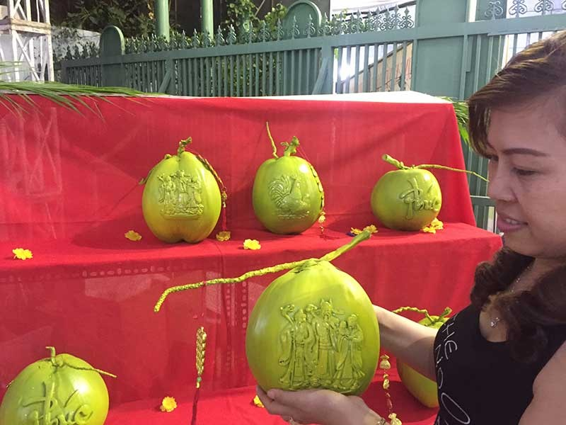 Trái cây tạo hình 'độc' ra chợ tết Sài Gòn - ảnh 1