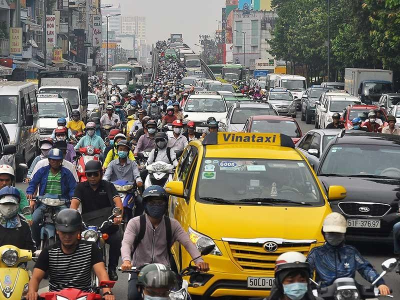 TP.HCM: Giải pháp mạnh giảm ùn tắc giao thông - ảnh 1