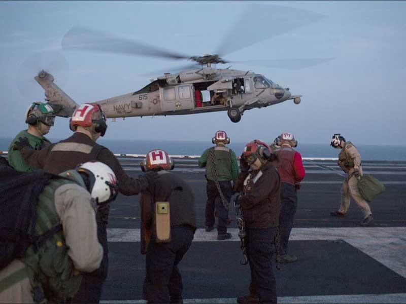 Cận cảnh siêu tàu sân bay Mỹ tuần tra biển Đông  - ảnh 2