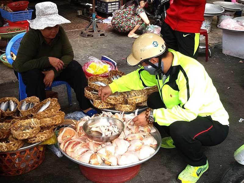 Gà Việt 'chết' vì đùi gà Mỹ siêu rẻ 7.000 đồng/kg ?  - ảnh 1