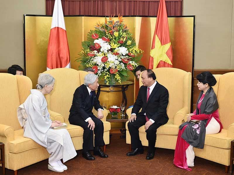 Thủ tướng hội kiến nhà vua và hoàng hậu Nhật Bản - ảnh 1