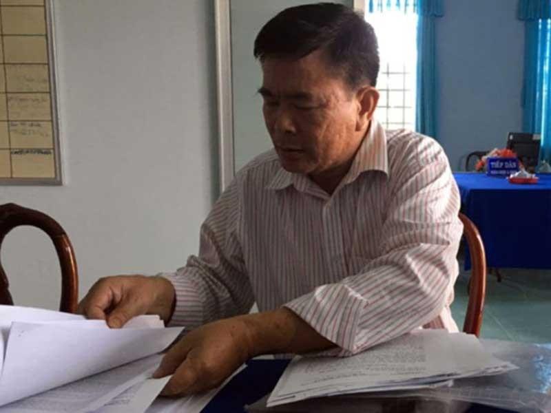 Cựu phó chánh thanh tra rút đơn kiện chủ tịch tỉnh - ảnh 1