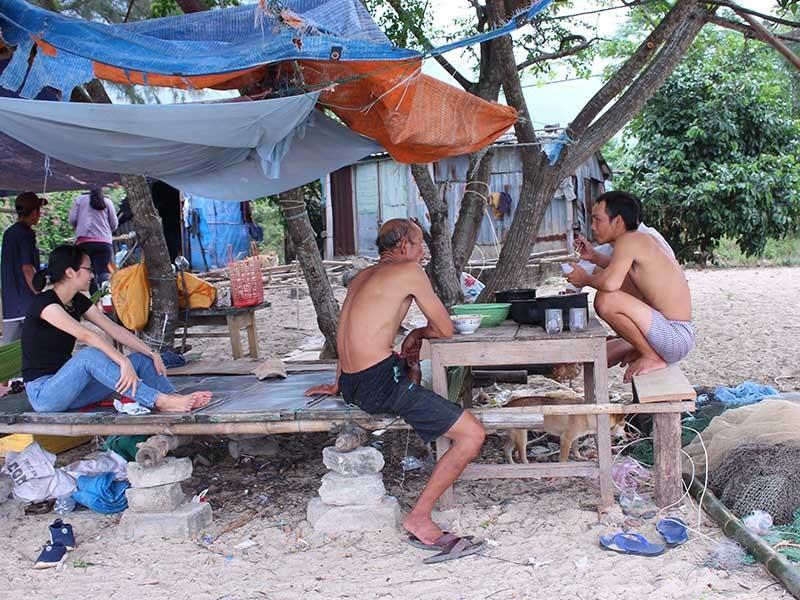 Đà Nẵng: Người làng Vân tìm về chốn cũ mưu sinh - ảnh 1