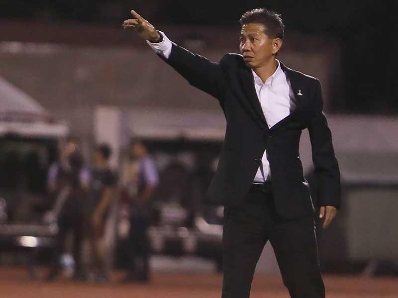 HLV Hoàng Anh Tuấn: Cầu thủ chơi tốt nhưng tôi rất tiếc - ảnh 1