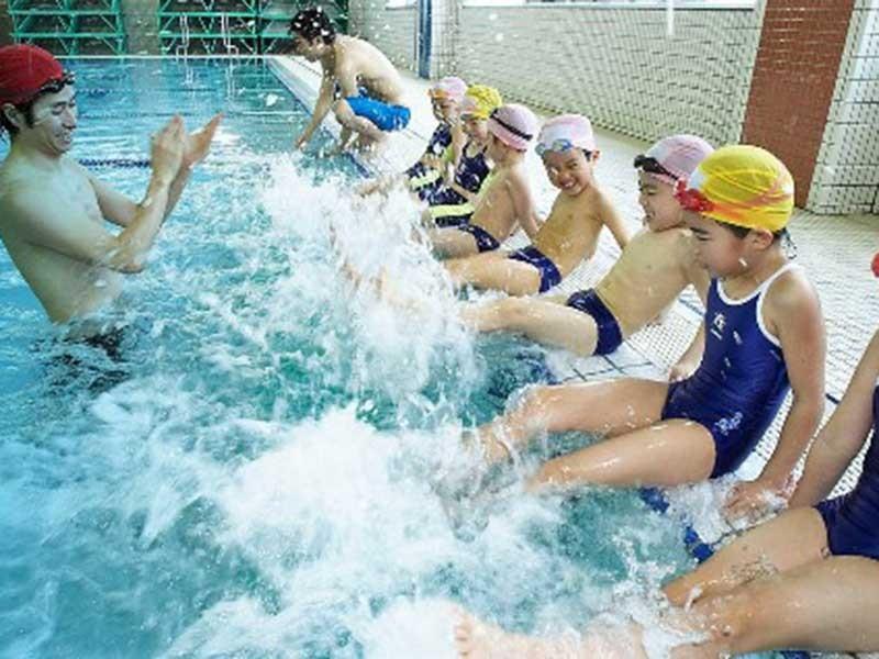 Cảnh báo trẻ đuối nước nhập viện tăng trong hè  - ảnh 1