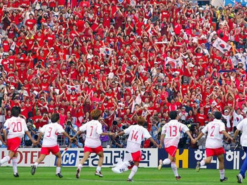 'Liên minh' Hàn Quốc-Nhật Bản-TQ sẽ đăng cai World Cup? - ảnh 1