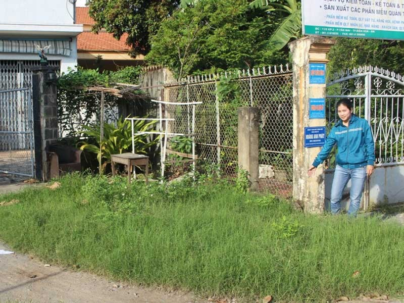 Xây hàng rào cũng phải xin phép thành phố? - ảnh 1
