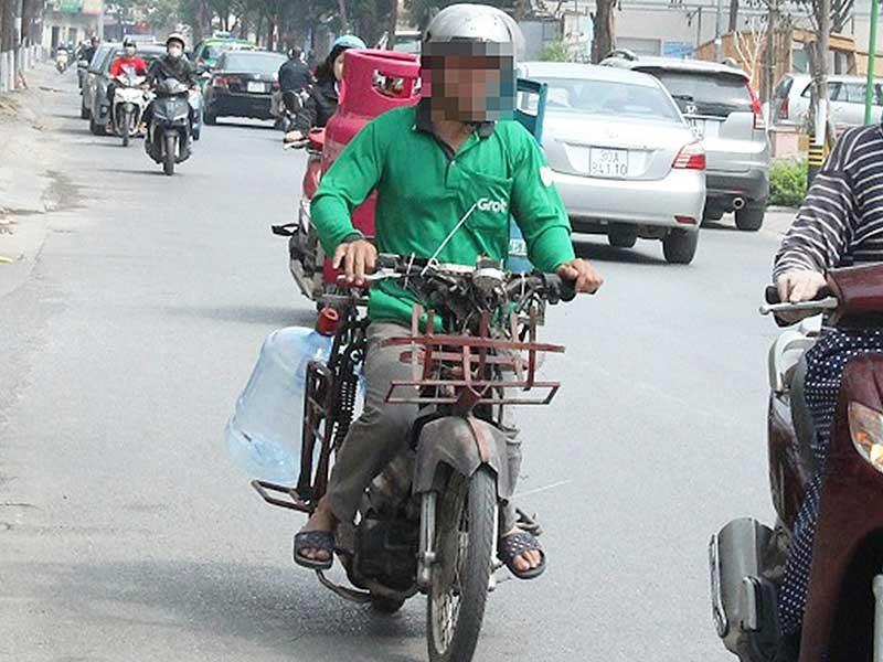 Hà Nội quyết dẹp xe máy cũ nát - ảnh 1