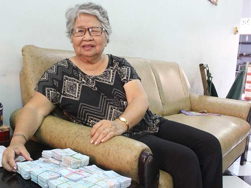 Cụ bà 81 tuổi và bộ sưu tập hàng ngàn vé xe buýt - ảnh 1