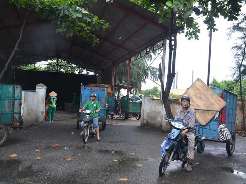 Dân phải rao bán nhà vì trạm trung chuyển rác hôi thối - ảnh 1