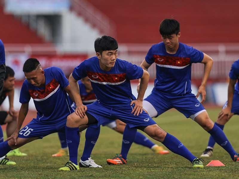 Bóng đá Việt Nam gãy tầm nhìn chiến lược! - ảnh 1