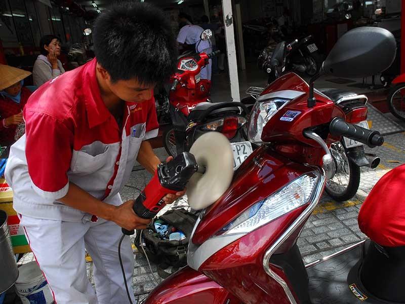 Nhu cầu mua xe máy của người Việt vẫn tăng - ảnh 1