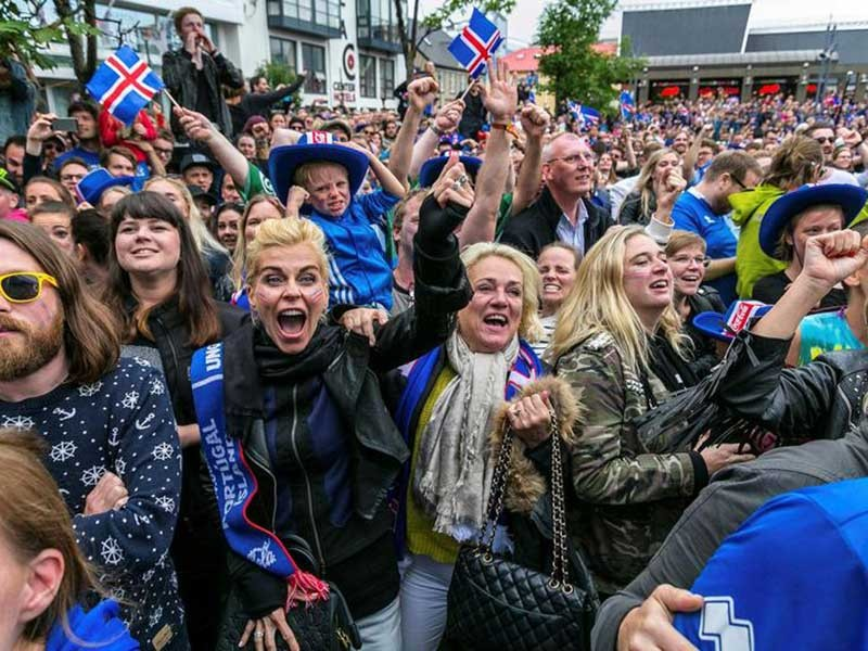 Cả Đông Nam Á… ngước nhìn Iceland - ảnh 1