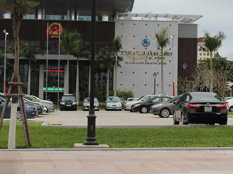 Đà Nẵng thiếu bãi đỗ ô tô - ảnh 1