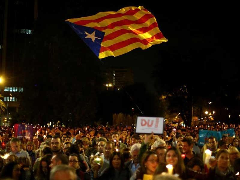 Catalonia khó tránh được 'phương án hạt nhân' - ảnh 1