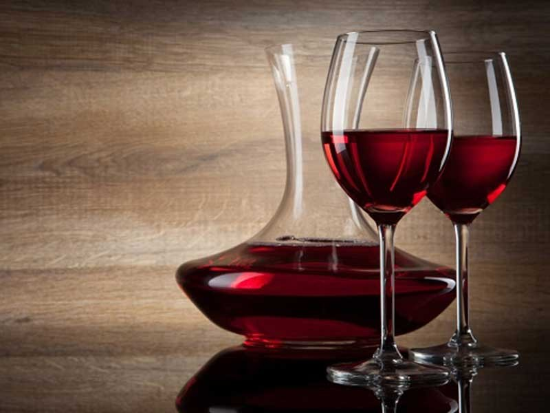 5 ly rượu vang đỏ mỗi tháng tăng khả năng thụ thai - ảnh 1