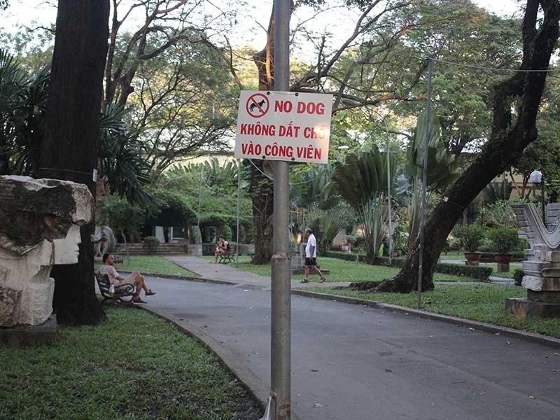 'Lệnh cấm' đáng hoan nghênh ở Công viên Tao Đàn - ảnh 1