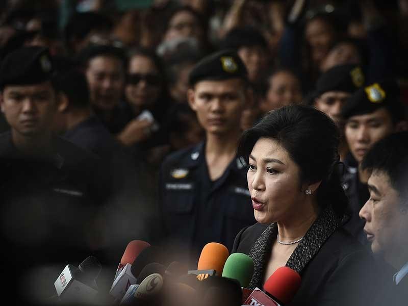 Thái Lan tịch thu tài sản của bà Yingluck - ảnh 1
