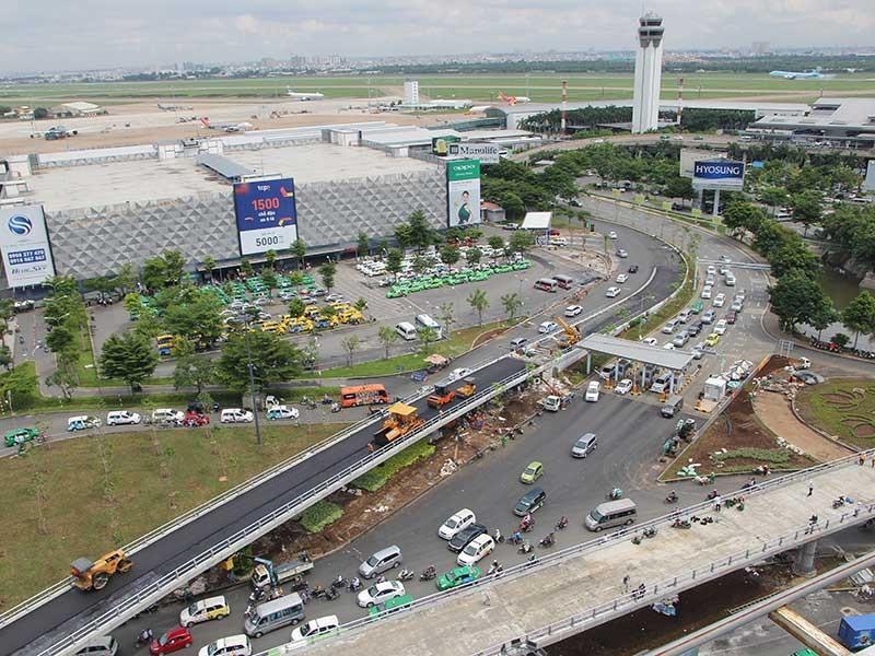 Có thêm đường băng, Tân Sơn Nhất sẽ đạt 70 triệu khách - ảnh 2