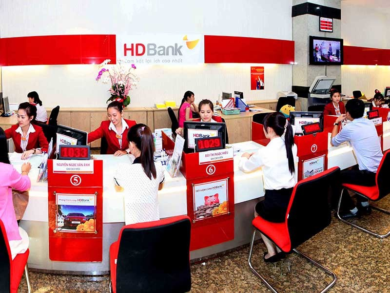 HDBank tặng thêm lãi suất 0,7%/năm tiền gửi - ảnh 1