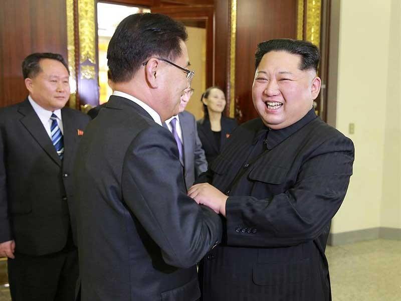 Ông Kim Jong-un vừa ý sau bốn tiếng tiếp đoàn Hàn Quốc - ảnh 1