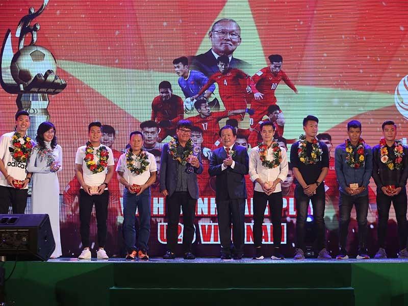 Vì sao U-23 Việt Nam vắng nhiều tuyển thủ quan trọng? - ảnh 1