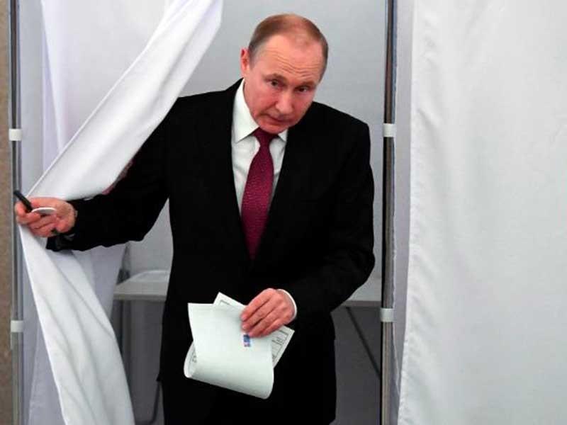 Thách thức chờ đón ông Putin ở nhiệm kỳ mới - ảnh 1
