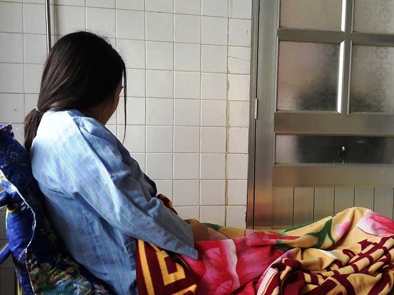 Giám định thương tích cô giáo bị đánh động thai - ảnh 1