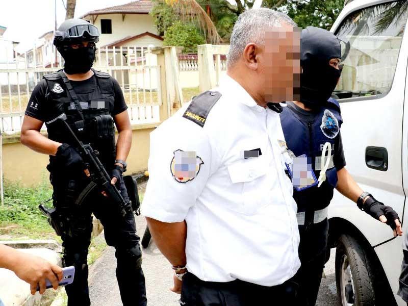 Malaysia truy nã 4 phần tử IS âm mưu bắt cóc cảnh sát - ảnh 1