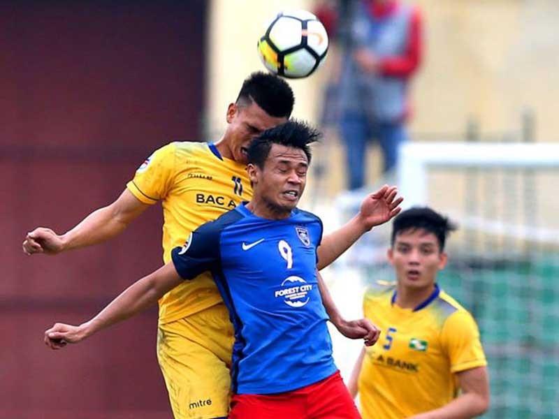 Các CLB bóng đá Việt Nam không chịu lớn - ảnh 1