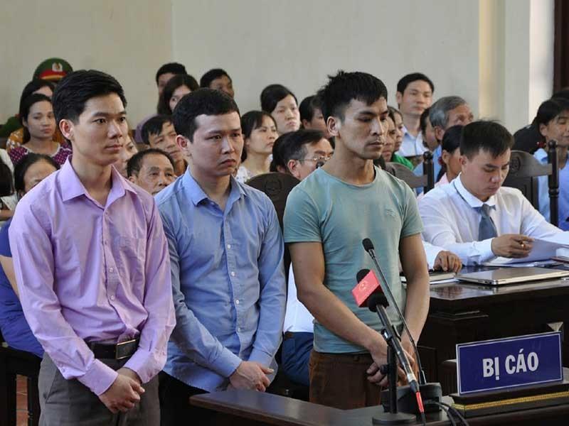 Lời khai bất ngờ tại phiên xử BS Hoàng Công Lương - ảnh 1
