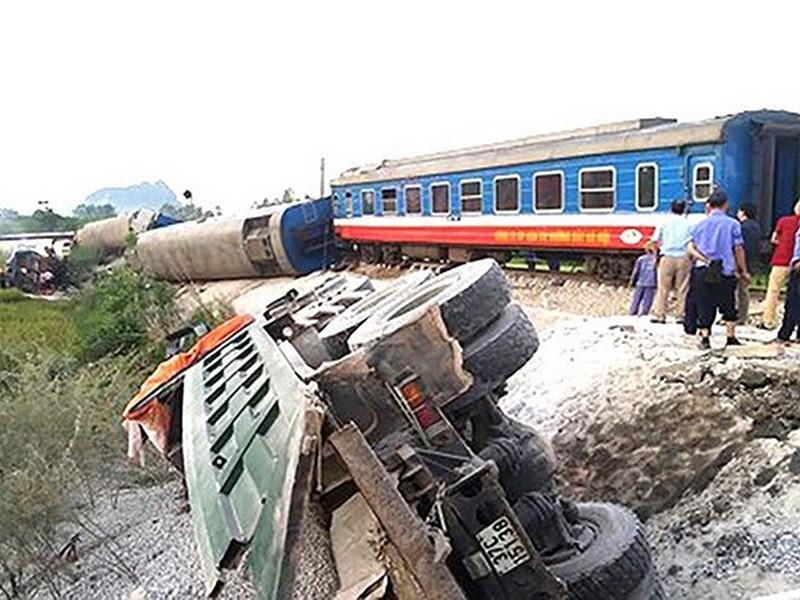 Xử lý người đứng đầu để xảy ra tai nạn đường sắt - ảnh 2