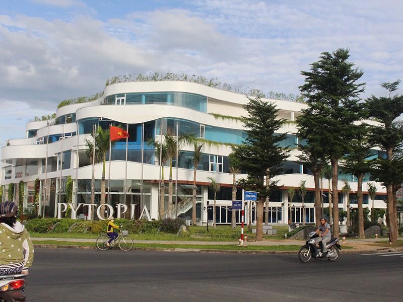 Đấu giá đất vàng ở Phú Yên: Nhiều chuyện lạ! - ảnh 1