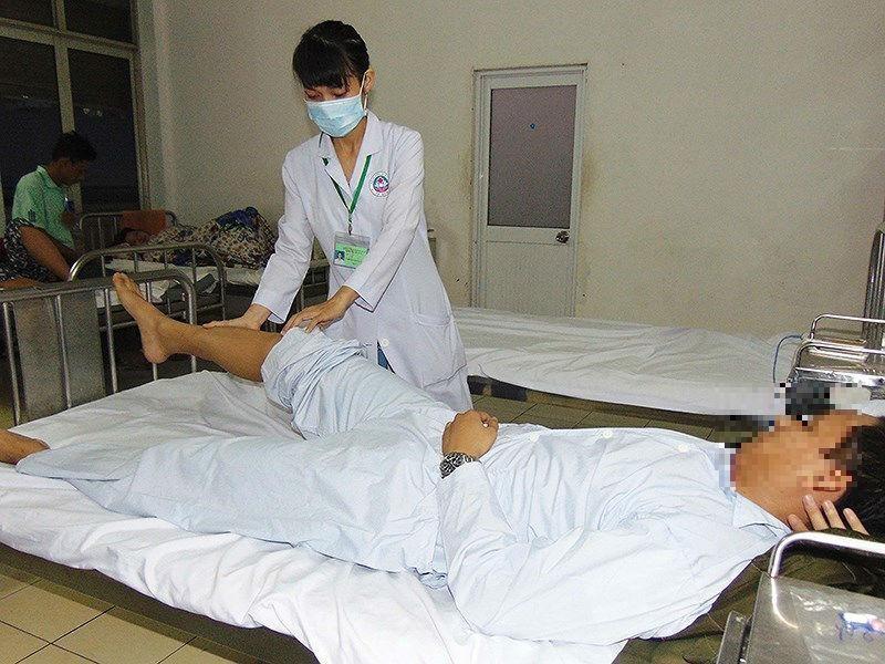 Ung thư thêm nặng do người bệnh kiêng ăn - ảnh 1