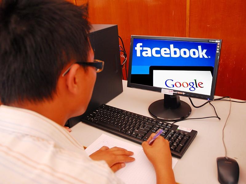 Kiếm 500 tỉ từ Facebook, Google nhưng 'quên' thuế - ảnh 1
